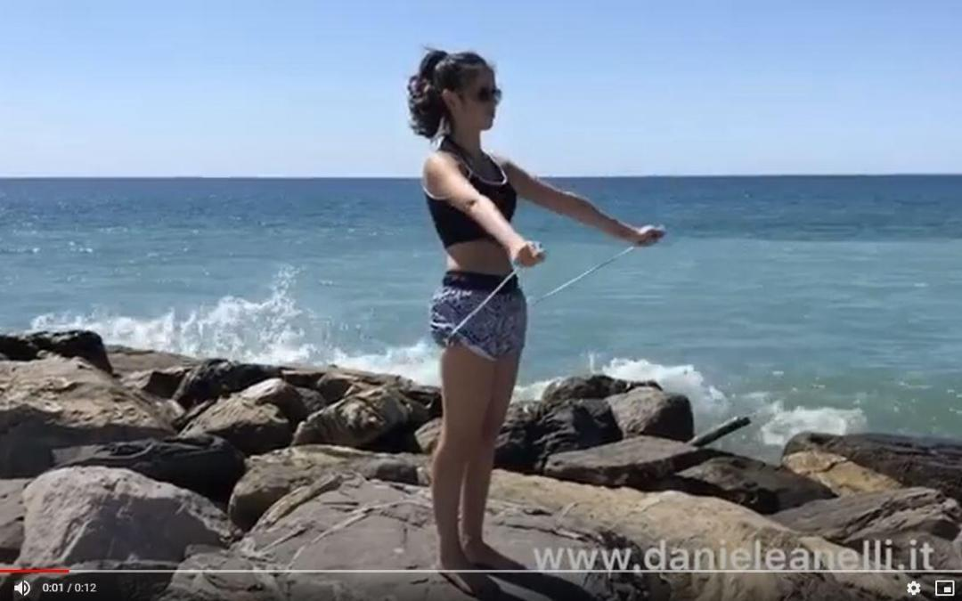Esercizi spalle: come allenare i deltoidi