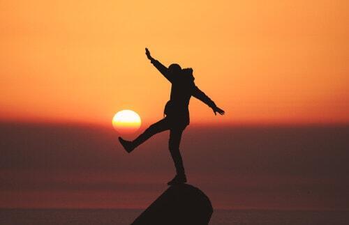 Esercizi per l'equilibrio: come migliorano la postura