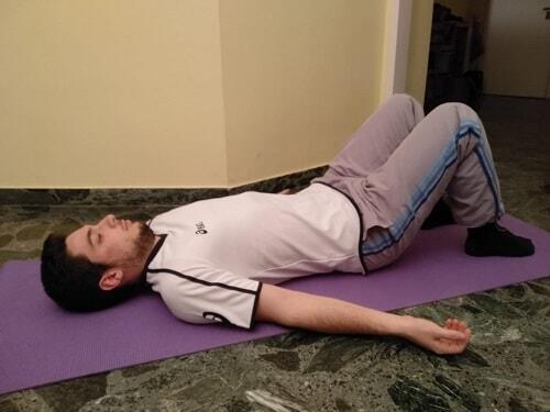 Esercizi per le spalle curve: gli stretching efficaci