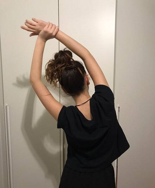 Stretching dorsali: da in piedi e seduto